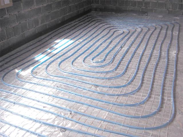 """Водяной теплый пол серии  """"VSTP- 06 """" является полноценной системой отопления без дополнительных радиаторов."""