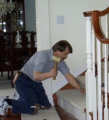 Ремонт нижних ступеней лестницы