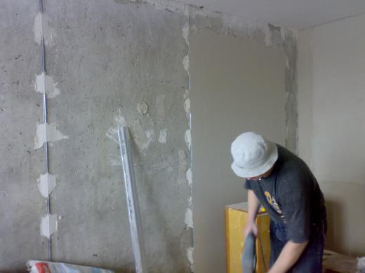 видео уроки по установки маяков на потолок под штукатурку