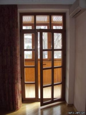 Выбирая и заказывая балконные двери, вам предстоит определиться, что же вам все-таки больше нужно от нее