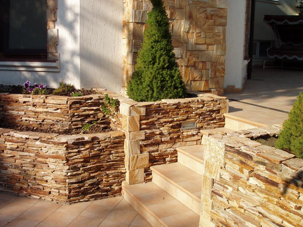 Природный камень фото домов
