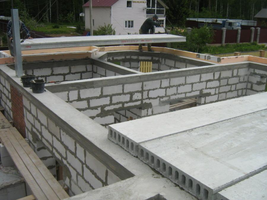 Как сделать железобетонные перекрытия при строительстве частного дома