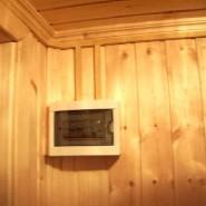 На первый взгляд, прокладка электропроводки в деревянном доме с учетом всех требований не приведет к возниканию...