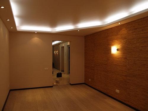 Точечное освещение квартиры.